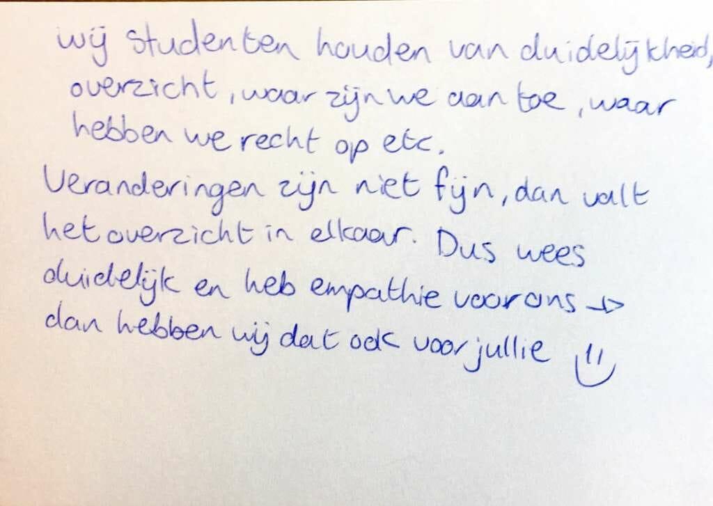 Voorbeeld van een kaartje die een student aan DUO schreef.